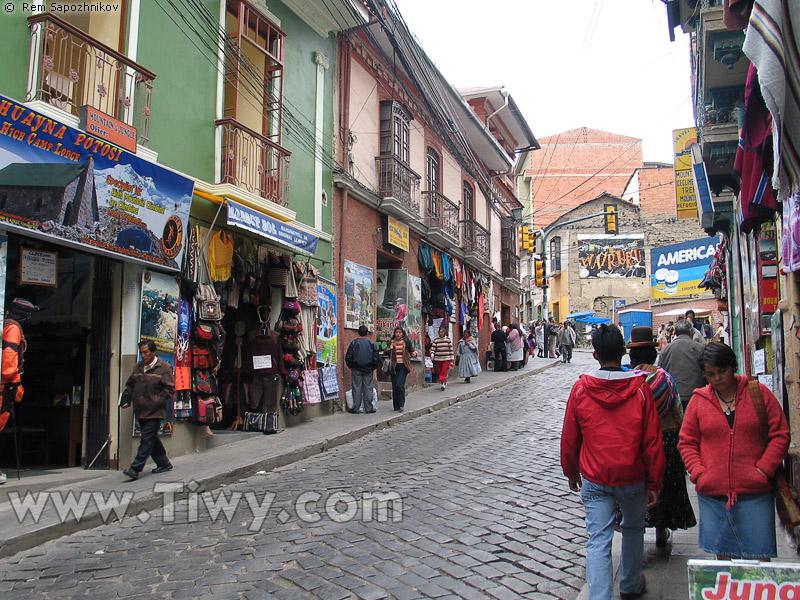 Tiwy.com - Sagarnaga street, La Paz, Bolivia