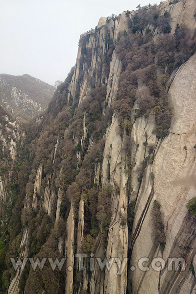Huashan Mountain West Cable Car April 2014 Shaanxi
